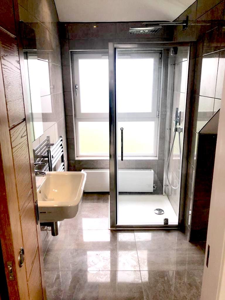 evel access shower - Bearsden
