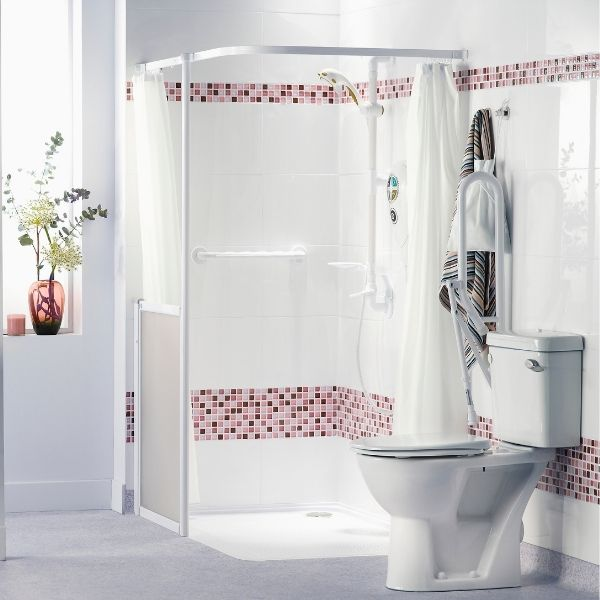 level access shower cubicle